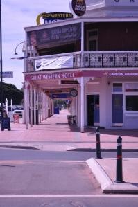 Great Western Hotel - longest pub verandah in Australia