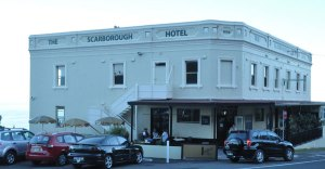 Photo of the Scarborough Hotel on the cliff at Scarborough